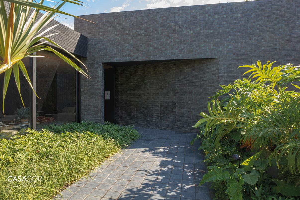 Casa OAK - Moacir Schmitt Jr. e Salvio Moraes Jr - Fotografia Roger Diplod