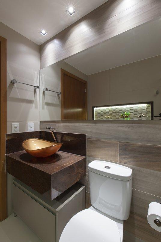 Banheiro Social com iluminação especial