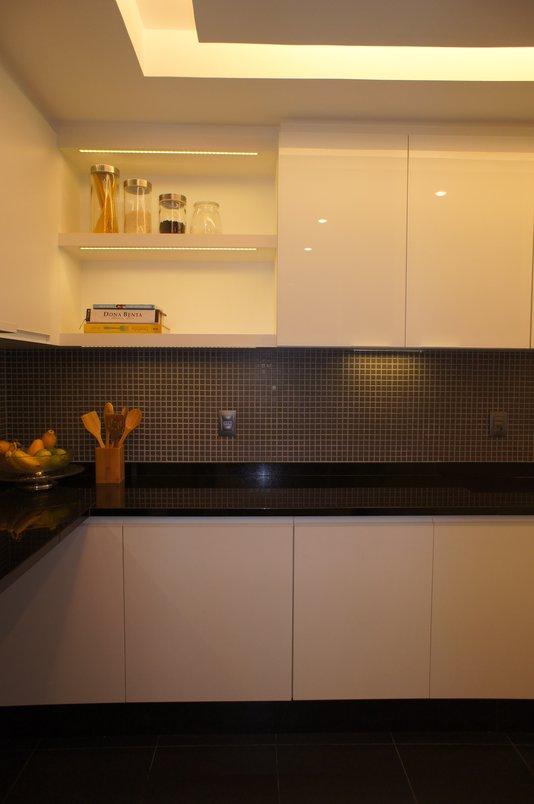 Cozinha clientes Botafogo com pastilha Blocks Black 2,3x2,3cm