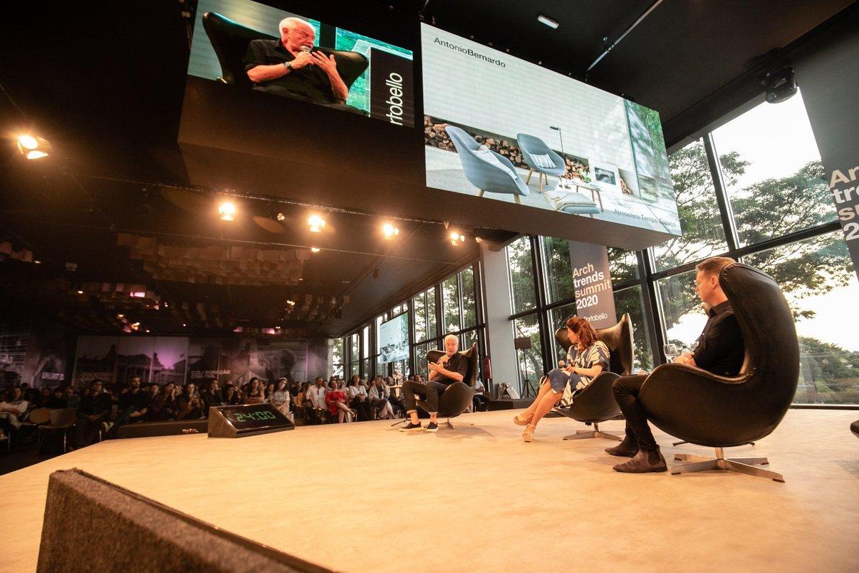 Taissa Buesco recebeu para uma mesa-redonda os designers Jader Almeida e Antonio Bernardo. Eles falaram sobre Personalização, processo criativo e valor do design.