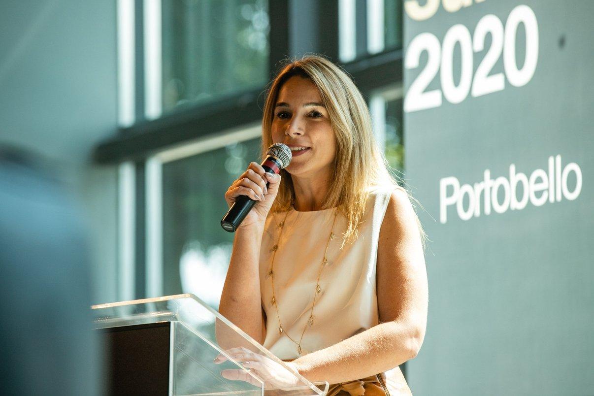 Editora da plataforma Archtrends Portobello, Juliana Peixoto.