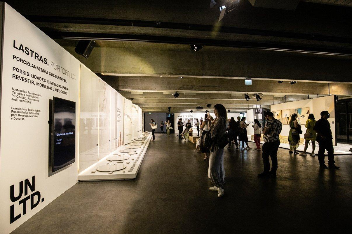 No hall do evento, exposição da nova coleção Portobello, Unlimited.
