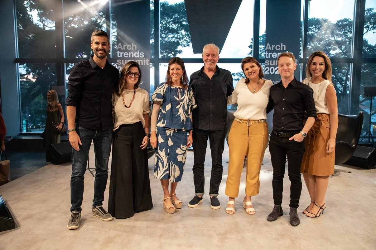 Integrantes da Portobello, palestrantes e apresentadoras do Archtrends Summit.