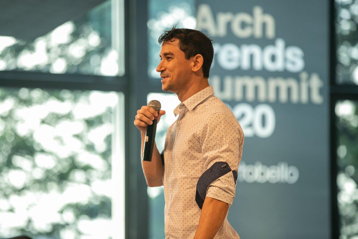 Designer pernambucano Rodrigo Ambrósio fala do projeto Cobogó Sururu Mundaú.
