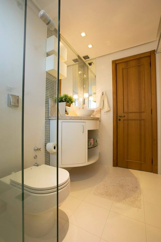 Banheiro totalmente reformado com Linha White Home e a coleção pastilhas .